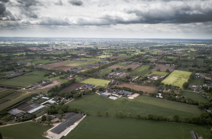 Theehuis luchtfoto omgeving